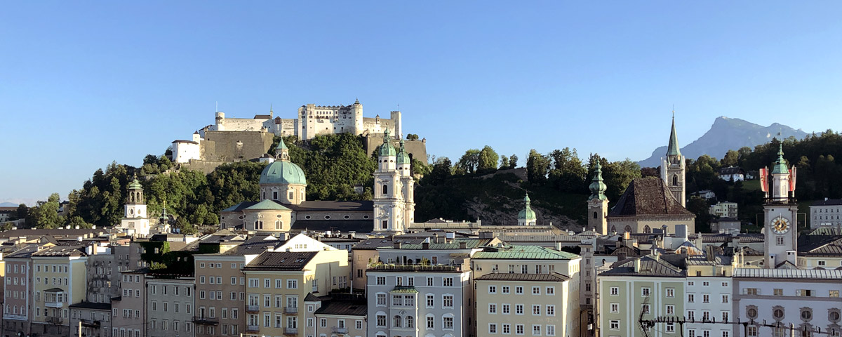 Salzburg. Blick über die Salzach auf die Altstadt mit dem Dom und der Festung Hohensalzburg © Thomas Prochazka