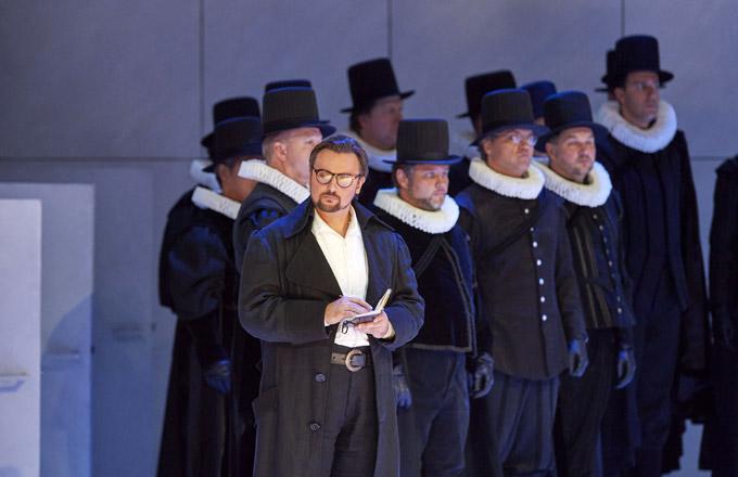 »Don Carlos«: Igor Golovatenko (Rodrigue) bei seinem Debut an der Wiener Staatsoper © Wiener Staatsoper GmbH/Michael Pöhn